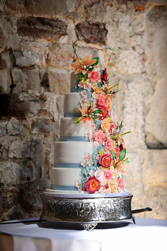 Sugar flowers wedding cake at Lulworth castle