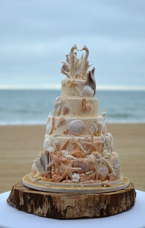Sea horses beach wedding cake