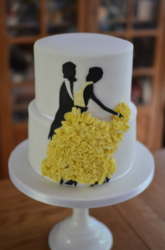 Silhouette dancing ruffle wedding cake at The Captains Club.