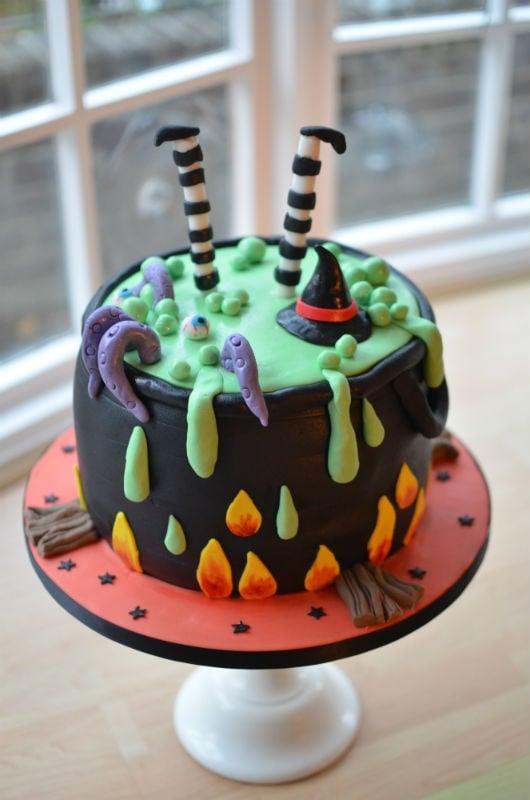Large witches cauldron cake.