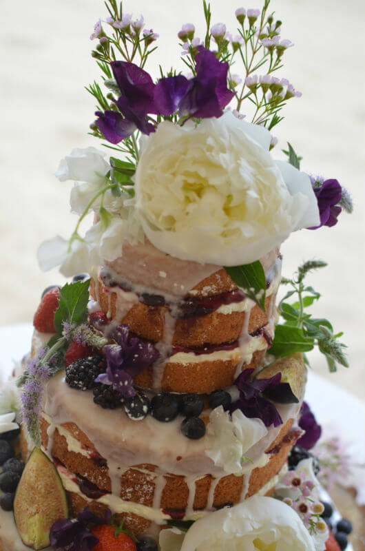 Oozing naked cake.