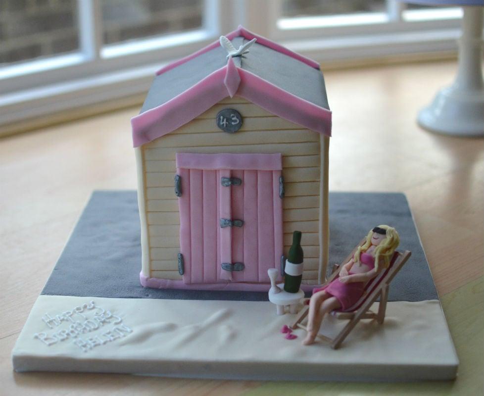 Pink & cream beach hut