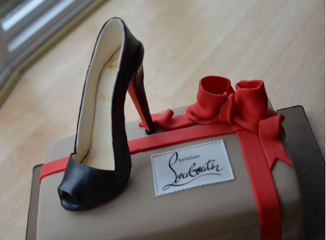 Sugar Louboutin shoe & box cake