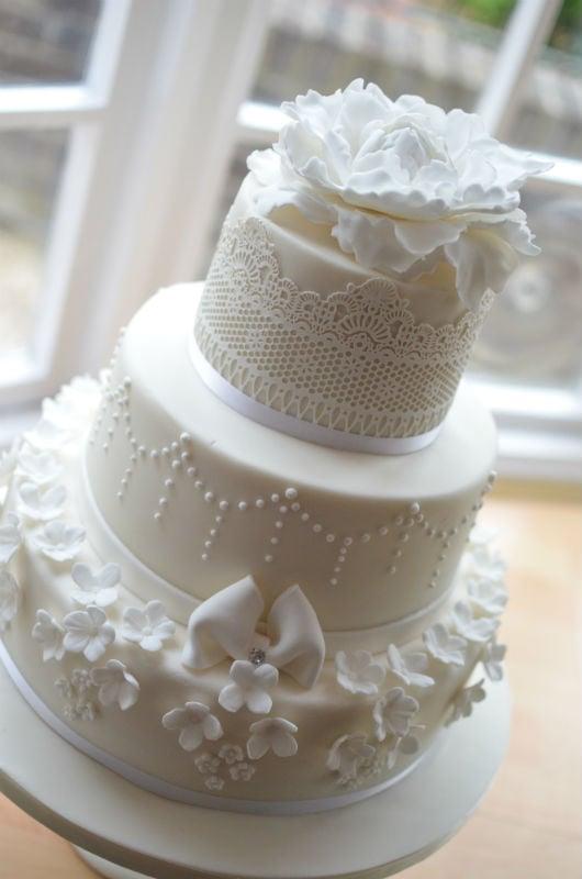 Wedding Cake Christchurch Dorset