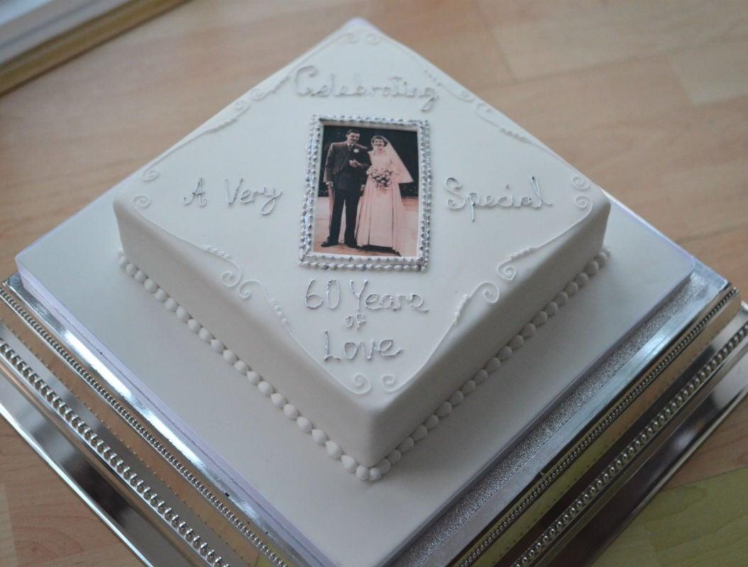 Diamond anniversary cake