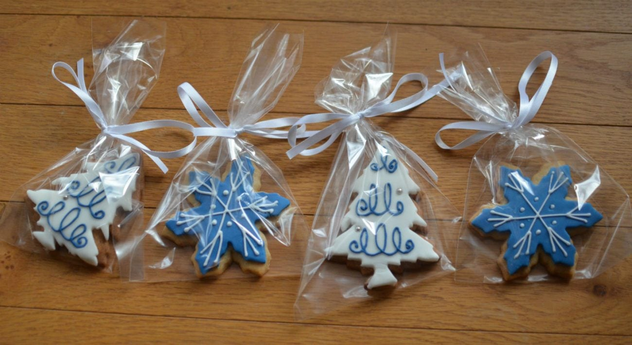 Christmas cookie wedding favours posted to Wales